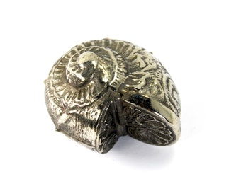 Vintage Snail Shell Vesta Case Old Store Stock Silver Plated 18th Century Antique Reproduction Match Safe Locket Trinket Box Nautilus