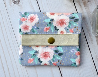 Girls wallet. Womens Small wallet. change purse. ID wallet. Mini wallet. Small zipper pouch. Gifts under 30. Mothers day gift. Gift for her