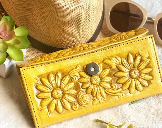 Sunflowers women wallets • leather wallets• gifts for her