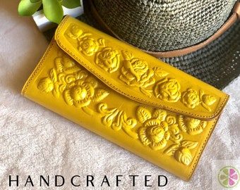 Embossed leather woman wallet * wallets for woman * Handmade leather woman wallet- gift for her