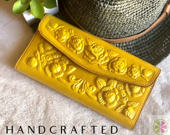 Mother's Day gift -Tooled handcrafted woman wallet - Leather wallet woman - carved roses woman wallet - woman purse  - gift for her