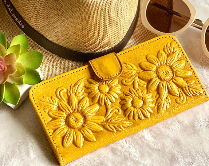 Leather wallets for women • Gifts for her•  woman wallets