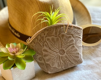 Carved leather pouch- Woman leather pouch-  Hibiscus coin purse -  small makeup bag - Change purse -Gift for her