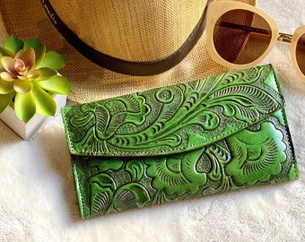 Handmade Leather Green leather women's wallet -women's leather wallet handmade - leather wallets for her - gift for her - leather gift