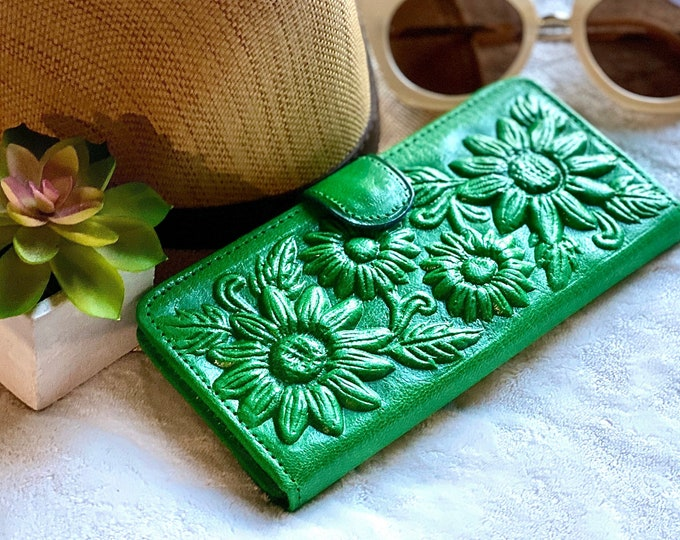 Sunflowers Handmade leather wallets for women - Gifts for her - wallets for her leather - Tooled leather wallet - green wallet - money purse