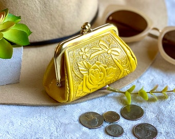 Woman coin purse - Leather change purse - Vintage Style Coin purse - gifts for her - leather coin purse -