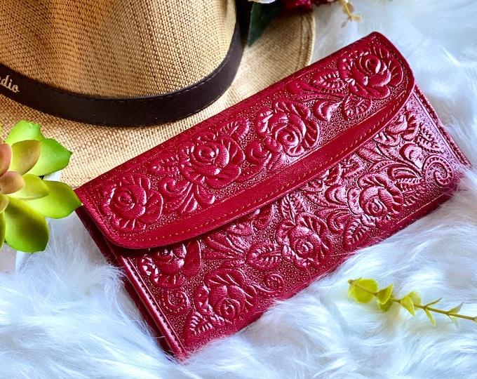 Handmade embossed wallets for women -Leather woman wallet -wallet women -gift for her -woman purse -red wallet- Woman purse