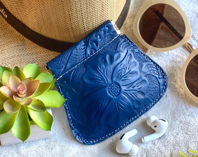 Woman Handcrafted squeeze pouch - squeeze coin purse - small pouch - gift for her - floral pouch - flex frame pouch- leather coin purse