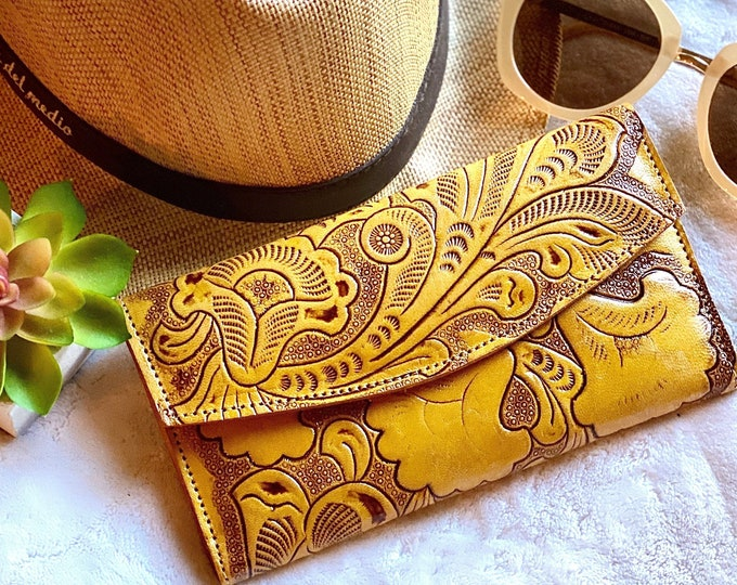Handcrafted Leather women's wallets - wallets for women  - wallet leather woman - gift for her