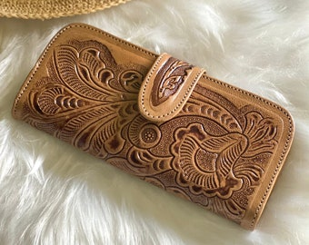 Handmade carved leather woman wallet -leather wallet for women - handmade gifts - Gift for her - Wallet woman leather - wallets for women