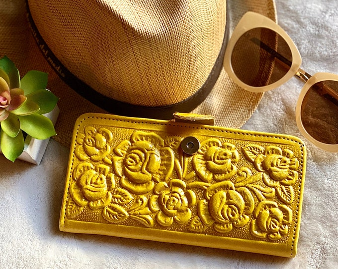 Authentic leather handmade wallets for women -Leather card wallet - wallet leather - Yellow wallet - Gifts for her