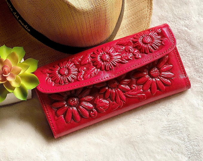 Handmade with Authentic leather wallets for women - Red wallet - wallet women - red leather wallet - Carved leather wallet - gifts for her