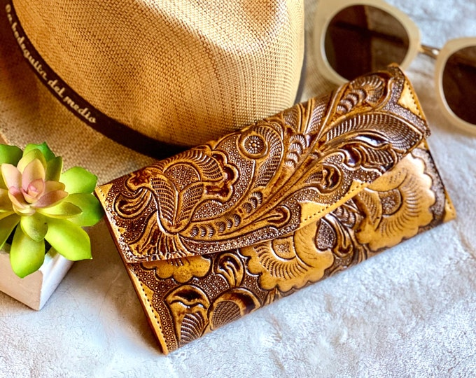 Handmade leather woman wallet -tooled wallet - floral wallet woman - Leather wallet women's- gifts for her- gift for mom- handmade gifts