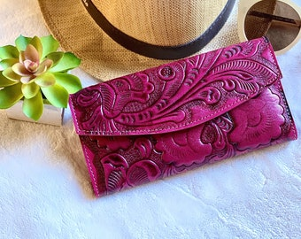 Pink Bohemian wallet - Handmade carved leather woman wallet - Lilies leather wallet - Gift for her - Wallet woman leather