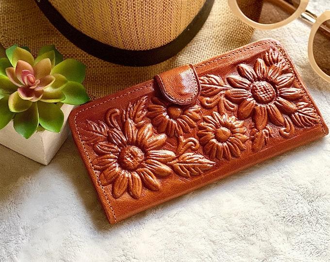 Leather wallet woman- Handmade Sunflowers wallet - Flowers lovers - sunflowers gifts - gifts for her