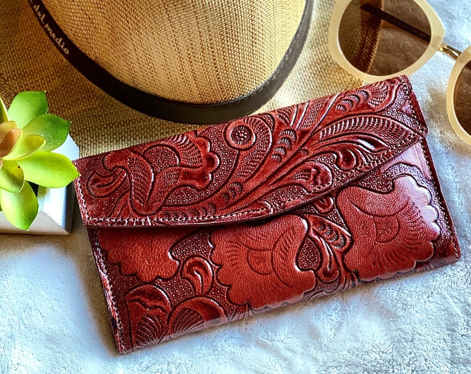Handmade Authentic leather tooled woman wallet - women's wallet - Anniversary gift - Bohemian wallet - wallet women leather