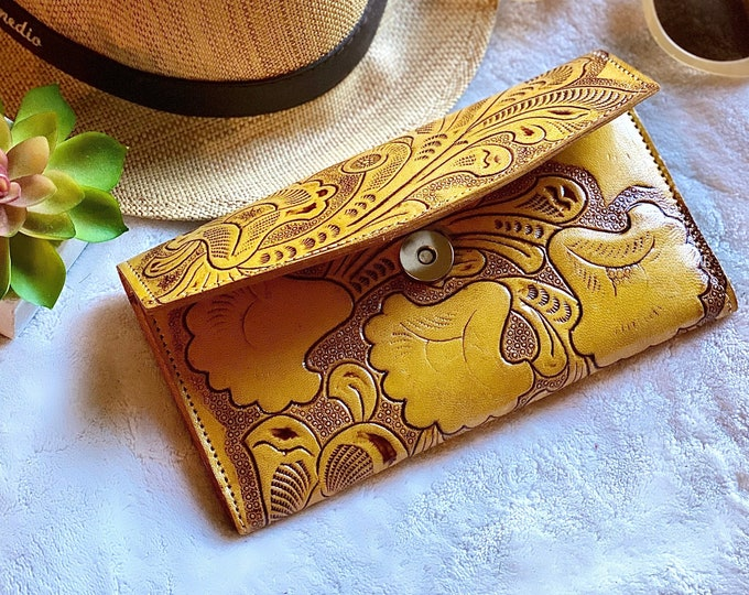 Yellow Women's wallet - Handmade wallet - Bohemian wallet - wallets for women - women purse - handmade gifts -gifts for her -leather wallet