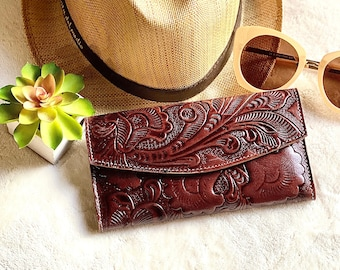 Brown women's wallet- Handmade leather wallet - Lillies wallet - Wallets for women - Brown wallet - Gifts for her - Gift for mom