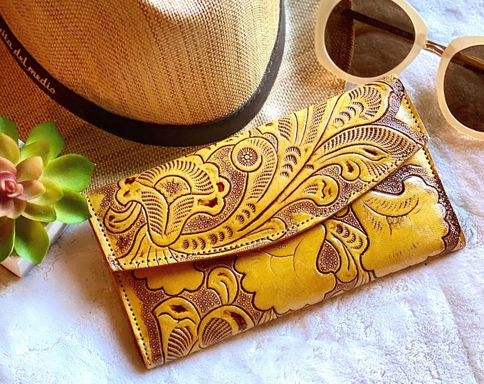 Wallets for women - leather woman wallet - gifts for her - yellow wallet -bohemian wallet - woman purse -credit cards wallet - woman clutch