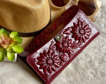 Handmade woman wallet - gift for her - leather wallet women - Cognac wallet - Burgundy woman wallet - Gift for women - leather purse
