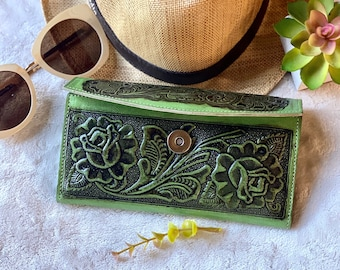 Green leather wallets for women - Tooled leather wallet - western style wallet - bohemian wallet for woman - gifts for her -wallet for woman
