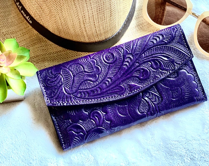 Handmade leather woman wallet -Lilies wallet - floral wallet woman - Leather wallet women's- gifts for her- gift for mom- wallets for women