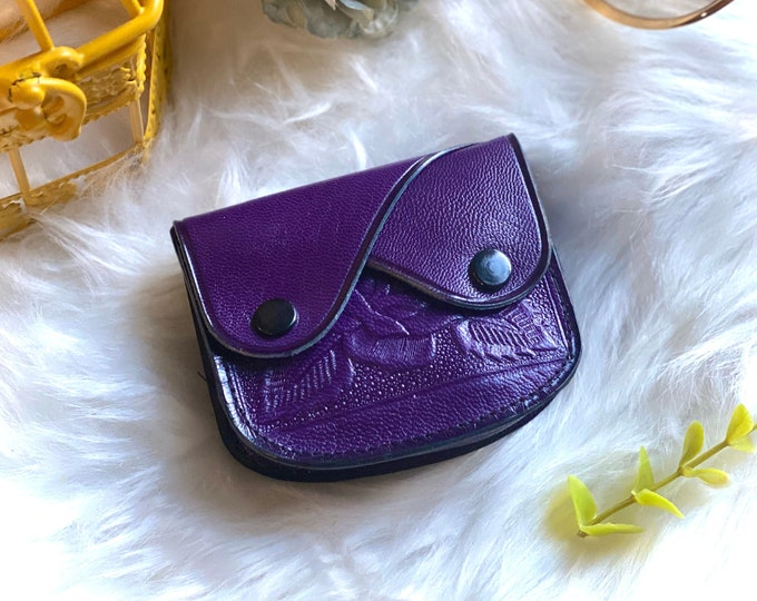 Handcrafted authentic leather woman coin purse -woman change purse - leather coin pouch - gifts for her - small pouch