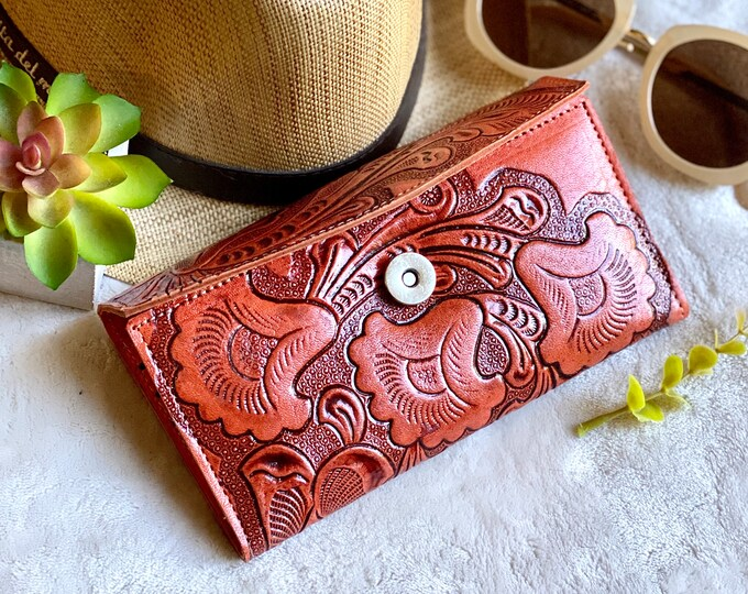 Handcrafted authentic leather Women's wallet - Credit Card wallet - Bohemian wallet - Handmade gifts - gift for her