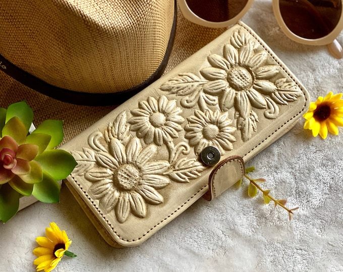 Handmade Tooled leather sunflowers wallets for women - credit cards wallet - sunflower purse - gifts for her - handmade gift - womens wallet