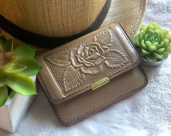 Small handmade leather woman wallet - handcrafted wallet for women - cute small wallet - handmade gift for her - Roses wallet
