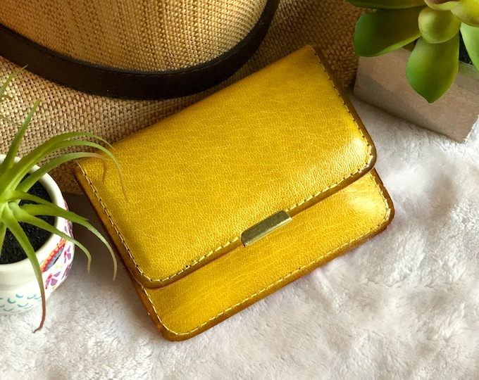 Small leather wallet for Woman- Small credit card wallet- Wallet Woman- Small travel wallet- gift for her
