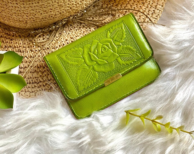 Lime Green Fun Minimalistic handmade leather small wallet for woman - leather purse - gifts for friend - minimalist wallet