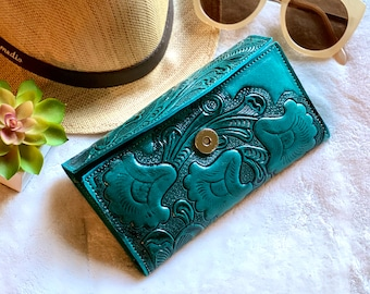 Carved Authentic leather woman wallet - leather wallet for her -Gift for her - Wallet woman leather -women's wallet leather - Handmade Gifts