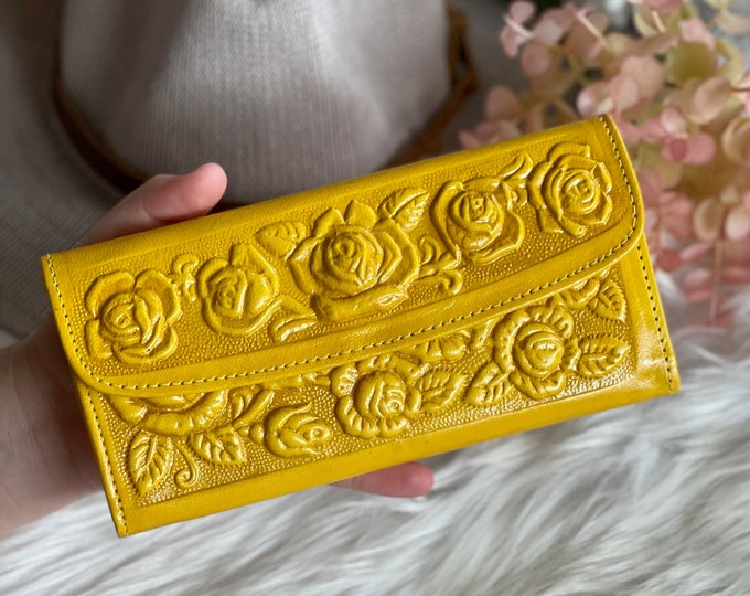 Featured listing image: Roses leather wallet • leather wallet •Handmade wallet leather • Gifts for her