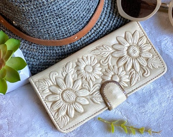 Sunflower purse - Leather Wallet Woman -  Gift for her- woman wallet leather - sunflowers gift