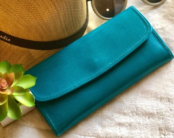 Handcrafted by master artisans woman wallet - leather woman wallet - leather women's wallet - long wallet - gifts for her