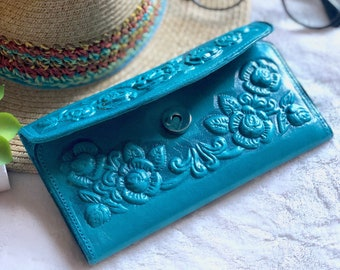 Women Wallet*Roses Wallet*Leather Wallet Woman*Flowers Wallet*Vintage Wallet*Floral Wallet*Gift for Women*Birthday Gift for her*Embossed