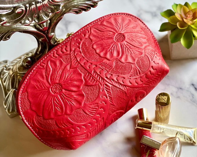 Leather makeup bags for women -Leather Cosmetic Bags - Gifts for her -