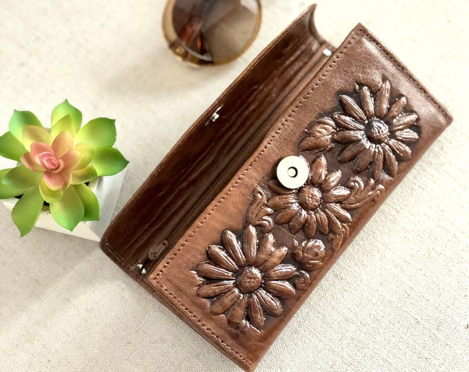 Sunflower gifts -Sunflowers wallets for women - Bohemian Wallet - gifts for her - Handmade leather wallets for women