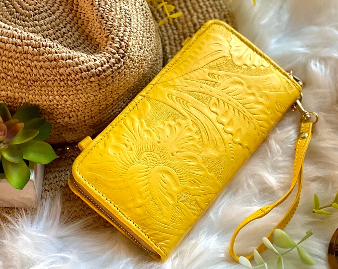 Yellow Crossbody Bag - Leather bag women - Wristlet wallet - Wallets for women -Gifts for her  -Shoulder bag- zip around wallet