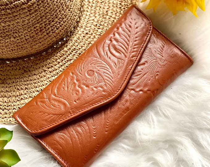 Handcrafted wallets for women - leather wallets - woman wallet - floral - gifts for her - Cognac wallets