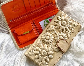 Leather wallets for women • Gifts for her • Boho Accesories