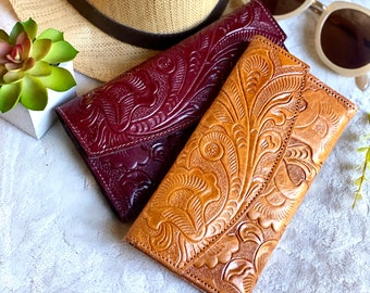 Handmade carved leather woman wallet - leather wallet - Gift for her - Wallet woman leather - bohemian wallet -handmade wallet -gift for mom