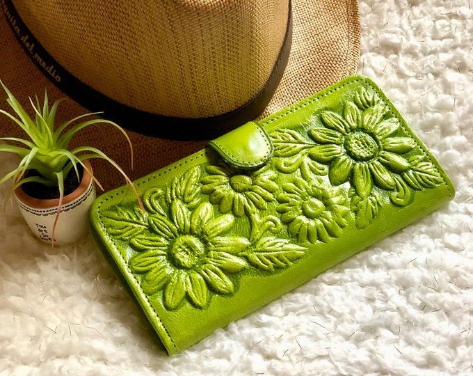 Leather Wallets for Women -  Sunflowers Accessories - Women wallet leather - Gifts for her