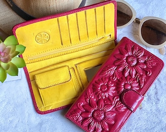 Leather wallet woman- Handmade Sunflowers wallet - Flowers lovers - sunflowers gifts - gifts for her. -bicolor