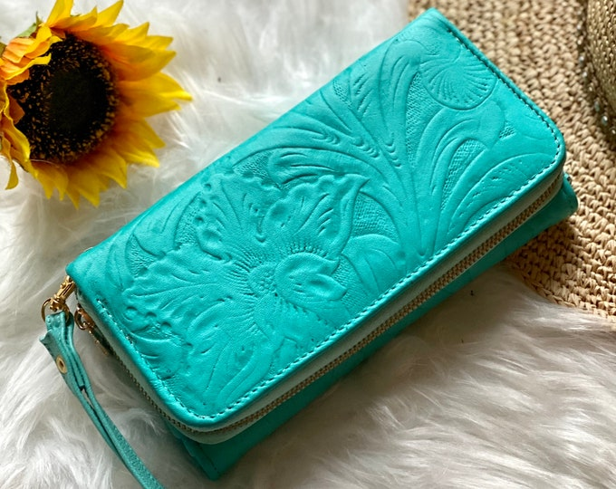 Handcrafted authentic leather big wallets for woman - wristlet wallets - leather wallets - gifts for her
