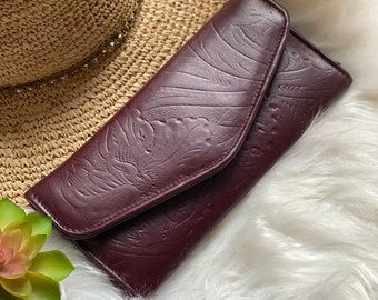Handcrafted wallets for women - leather wallets - woman wallet - floral - gifts for her - Burgundy  wallets