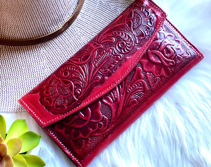 Handcrafted leather wallets for women - Red woman wallet - gift for her -roses leather wallet - wallet for her - long wallet - leather purse