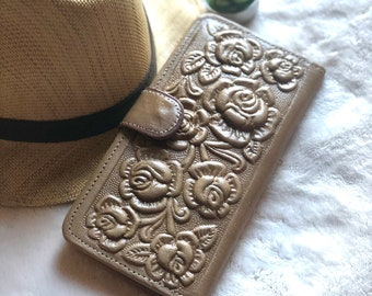 Handmade leather Wallets for Women- Bohemian Wallet- Woman Wallet- Bifold Wallet - Tooled wallet for Woman - gift for her
