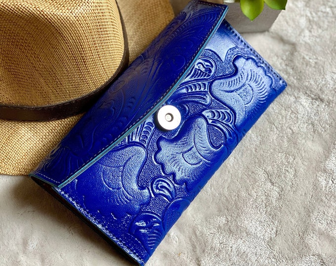 Handmade carved leather woman wallet -leather wallet -Gift for wife -Gift for her -Wallet woman leather -Credit cards wallet- woman wallet